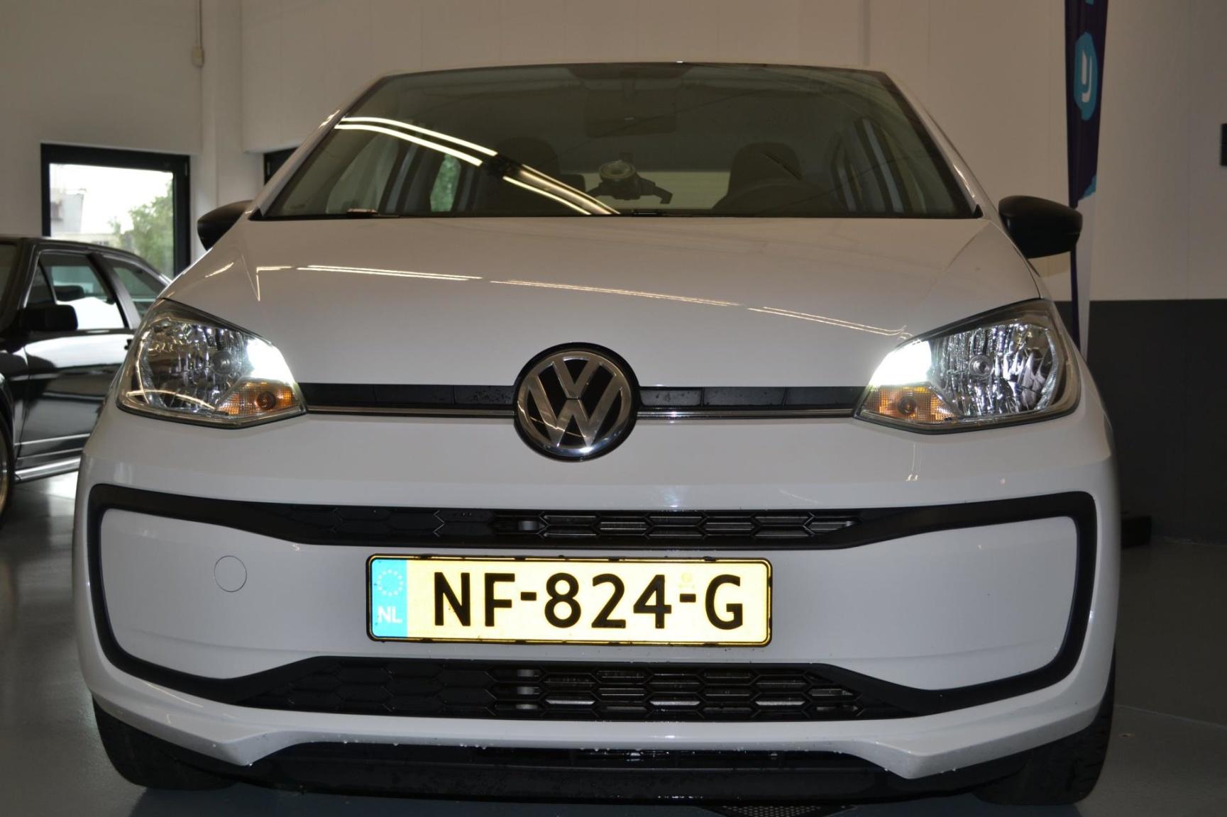 Volkswagen-up!-2
